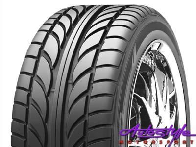 235-35-19″ Achilles Tyres