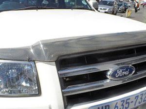 Ford Ranger 2007+ Carbon look bonnet shield -0