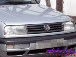 VW Jetta Mk3 Standard 'smiley' grille-0