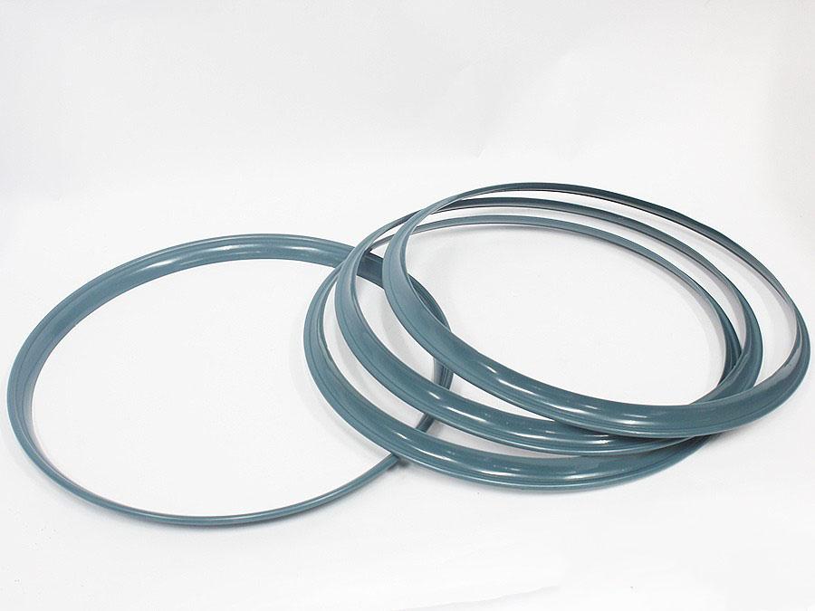 VW Classic Beetle or Bus Wheel Hub Cap Plastic Trim Ring (blue)