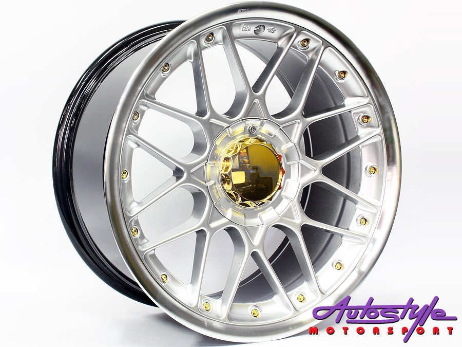 17″ GR088 5/100 & 5/114 Hypersilver w/Gold Stud Wheels