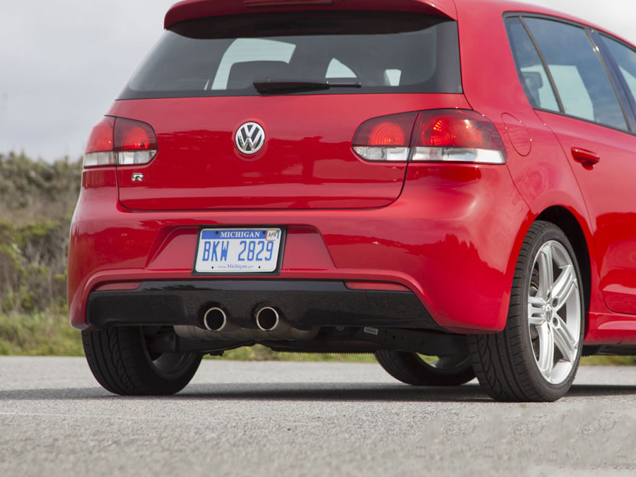 VW Golf Mk6 R-Line Replacement Rear Bumper with Diffuser