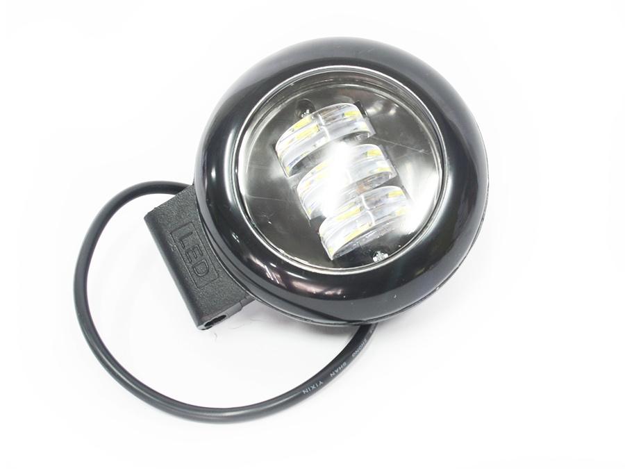 Universal QP-112 Round LED Spotlamps (each)