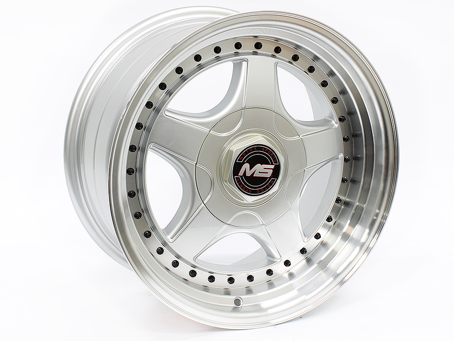 17″ R-Line 7813 4/100 & 4/108 Silver machined lip Alloy Wheels